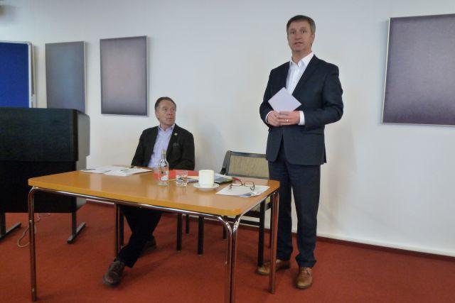 Bürgermeister Michael Stickeln und Hubertus Fehring