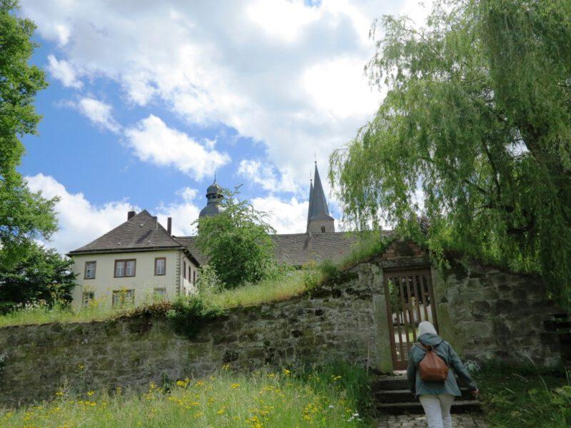 Marienmünster: Blick auf die Klosteranlage
