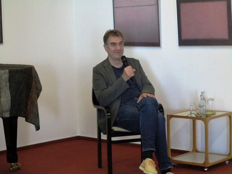 Jürgen Wiebicke bei seinem Referat