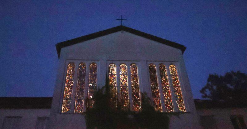 Die Glasfenster der Hegge-Kapelle